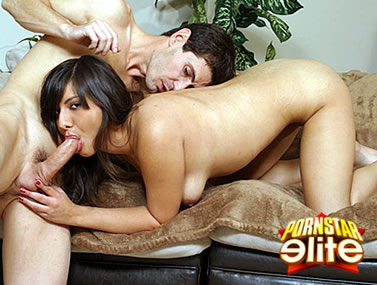 Alanah Leigh Swallowing a Juicy Cock