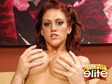 Eve Laurence Teases Her Rack